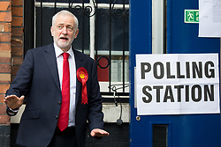 © Licensed to London News Pictures. 08/06/2017. London, UK. Leader of the Labour Party Jeremy Corbyn leaves a Polling Station in Islington after voting in the 2017 General Election. Photo credit : Tom Nicholson/LNP