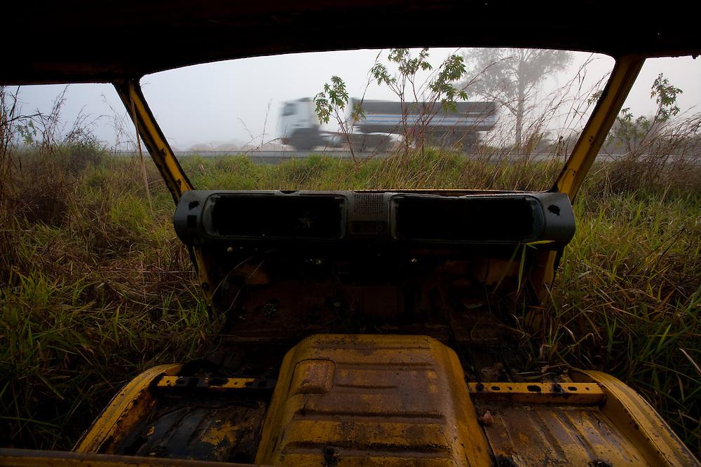 Barbacena_MG, Brasil..Rodovia BR265 em Barbacena, Minas Gerais...The highway BR265 in Barbacena, Minas Gerais...Foto: LEO DRUMOND / NITRO