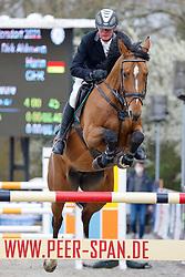 09.2, Youngster-Springprfg. Kl. M** 8j. Pferde,Ehlersdorf, Reitanlage Jörg Naeve, 29.04. - 02.05.2021,, Thomas Voss (GER), Toulonia 3,