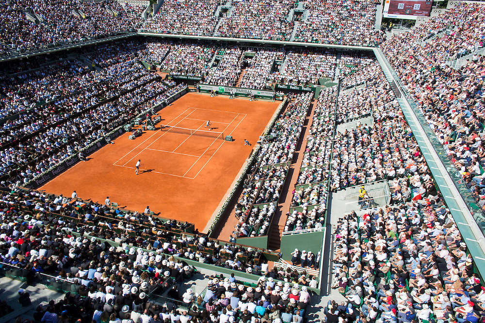Paris, France. Roland Garros. June 4th 2013.<br /> View of the court Philippe Chatrier during the game opposing Jo-Wilfried TSONGA and Roger FEDERER