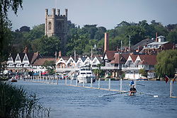 © Licensed to London News Pictures. 15/06/2021. Henley-on-Thames, UK. Rowers on the River Thames at Henley-on-Thames in Oxfordshire on a hot summer's morning. Photo credit: Ben Cawthra/LNP