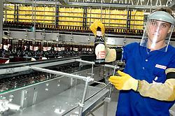 Fábrica da Schincariol em Igrejinha, RS. Seus funcionários temem o fechamento após a suspensão do financiamento feito pelo BNDES por causa do escandalo de sonegação fiscal que envolveu seus donos e diretores. FOTO: Marcelo Campos/Preview.com