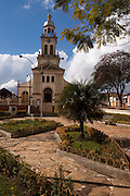 Cruzilia_MG, Brasil...Igreja Matriz de Sao Sebastiao na praca Capitao Maciel em Cruzilia...The Sao Sebastiao church in the Capitao Maciel square in Cruzilia...Foto: MARCUS DESIMONI / NITRO