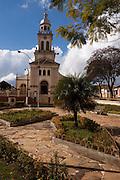 Cruzilia_MG, Brasil...Igreja Matriz de Sao Sebastiao na praca Capitao Maciel em Cruzilia...The Sao Sebastiao church in the Capitao Maciel square in Cruzilia...Foto: MARCUS DESIMONI / NITRO
