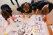 In Utrecht wordt in een leegstaand winkelpand in winkelcentrum Leidsche Rijn Centrum het festival Utrecht Tekent gehouden. Kunstenaars gaan samen met bezoekers aan de gang met de tekenkunst via diverse workshops.