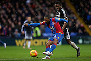Jason Puncheon of Crystal Palace takes a shot at goal. Barclays Premier League match, Crystal Palace v Chelsea at Selhurst Park in London on Sunday 3rd Jan 2016. pic by John Patrick Fletcher, Andrew Orchard sports photography.
