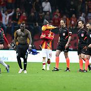 Referee's Tolga Ozkalfa (2ndR) during their Turkish Super League soccer match Galatasaray between Kayseri Erciyesspor at the AliSamiYen Spor Kompleksi TT Arena at Seyrantepe in Istanbul Turkey on Friday, 27 February 2015. Photo by Batuhan AKICI/TURKPIX