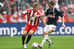 18.09.2010, Allianz Arena, Muenchen, GER, 1.FBL, FC Bayern Muenchen vs 1.FC Koeln, im Bild Toni Kroos (Bayern #39) im Kampf mit Christian Clemens (Koeln #27)  , EXPA Pictures © 2010, PhotoCredit: EXPA/ nph/  Straubmeier+++++ ATTENTION - OUT OF GER +++++ / SPORTIDA PHOTO AGENCY