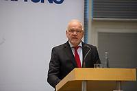 DEU, Deutschland, Germany, Berlin, 10.09.2015: Veranstaltung Vertrauen statt Wettrüsten, Friedrich-Ebert-Stiftung (FES). Roland Schmidt, Geschäftsführendes Vorstandsmitglied der FES.