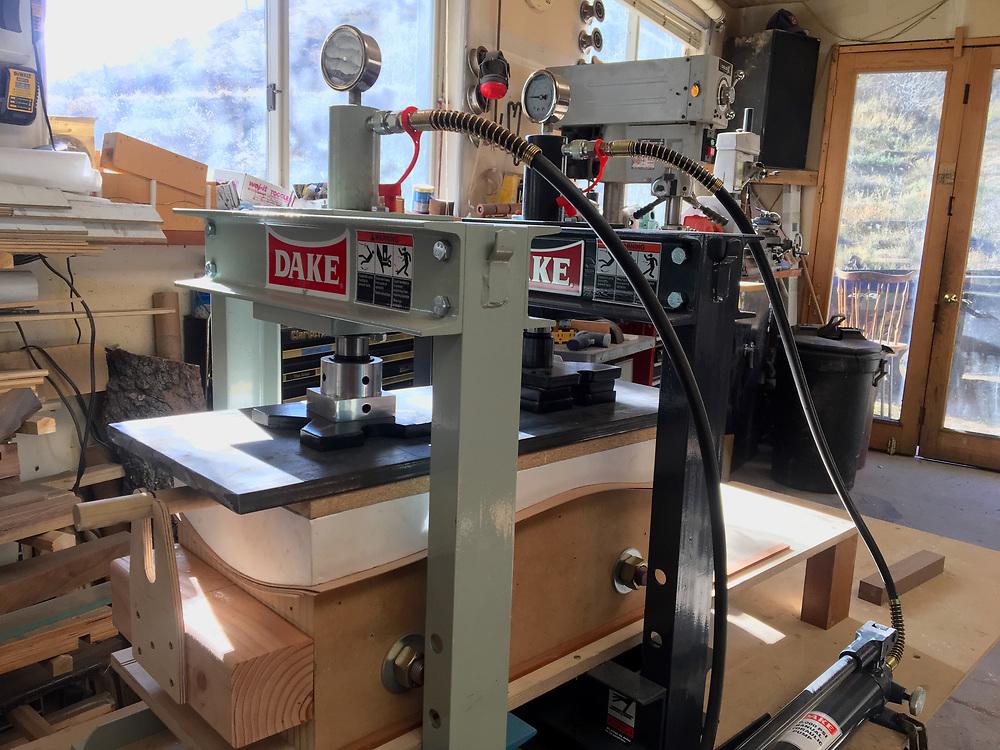 "pressing core veneers, 5 sheets of 18"" alder chair making, jigs, patterns, molds"