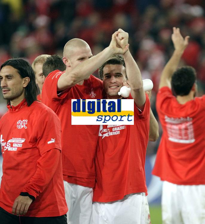 Pilippe Senderos und Alex Frei jubeln nach dem Spiel. © Daniela Frutiger/EQ Images