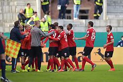 15.08.2014, Stadion an der Gellertstrasse, Chemnitz, GER, DFB Pokal, Chemnitzer FC vs 1. FSV Mainz 05, 1. Runde, im Bild Torjubel / Freude von der Mannschaft von Mainz nach dem Fuehrungs Treffer, Tor zum 1:0 // during the 1st round match of German DFB Pokal between Chemnitzer FC and 1. FSV Mainz 05 at the Stadion an der Gellertstrasse in Chemnitz, Germany on 2014/08/15. EXPA Pictures © 2014, PhotoCredit: EXPA/ Eibner-Pressefoto/ Schmalfuss<br /> <br /> *****ATTENTION - OUT of GER*****