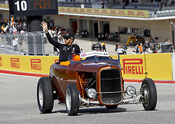 October 22, 2018 - Austin, United States - Motorsports: FIA Formula One World Championship; 2018; Grand Prix; United States, FORMULA 1 PIRELLI 2018 UNITED S GRAND PRIX , Circuit of The Americas#44 Lewis Hamilton (GBR, Mercedes AMG Petronas F1 Team),   in the drivers parade  (Credit Image: © Hoch Zwei via ZUMA Wire)