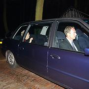 Overlijden prins Bernhard, Koninging Beatrix verlaat paleis Soestdijk