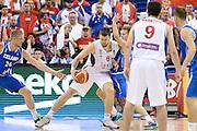 DESCRIZIONE : Berlino Berlin Eurobasket 2015 Group B Serbia Islanda <br /> GIOCATORE :  OgnyKuzmic <br /> CATEGORIA : Controcampo penetrazione difesa<br /> SQUADRA : Serbia<br /> EVENTO : Eurobasket 2015 Group B <br /> GARA : Serbia Islanda <br /> DATA : 08/09/2015 <br /> SPORT : Pallacanestro <br /> AUTORE : Agenzia Ciamillo-Castoria/I.Mancini <br /> Galleria : Eurobasket 2015 <br /> Fotonotizia : Berlino Berlin Eurobasket 2015 Group B Serbia Islanda
