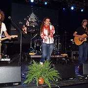 NLD/Huizen/20080919 - South Sea Jazz 2008, optreden van Leaf, zangeres Annemarie Brohm