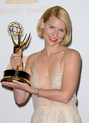 Claire Danes, winner of the Best Actress In a Drama Series for 'Homeland' poses in the press room during the 65th Annual Primetime Emmy Awards held at Nokia Theatre L.A. Live in Los Angeles, CA, USA, on September 22, 2013. Photo by Lionel Hahn/ABACAPRESS.COM  | 415382_030 Los Angeles Los Angeles Etats-Unis United States