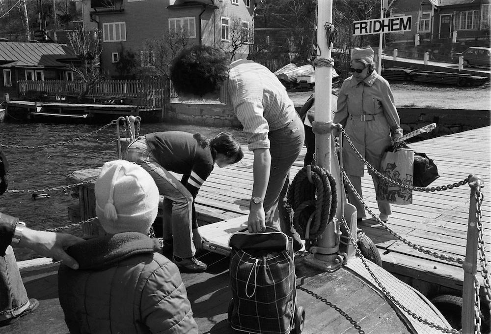 Ångslupen S/S Drottningholm lägger till i Fridhem