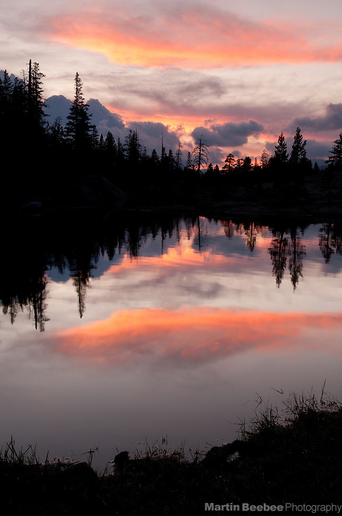 Sunet over Wet Meadows Reservoir, Sierra Nevada, Toiyabe National Forest, California