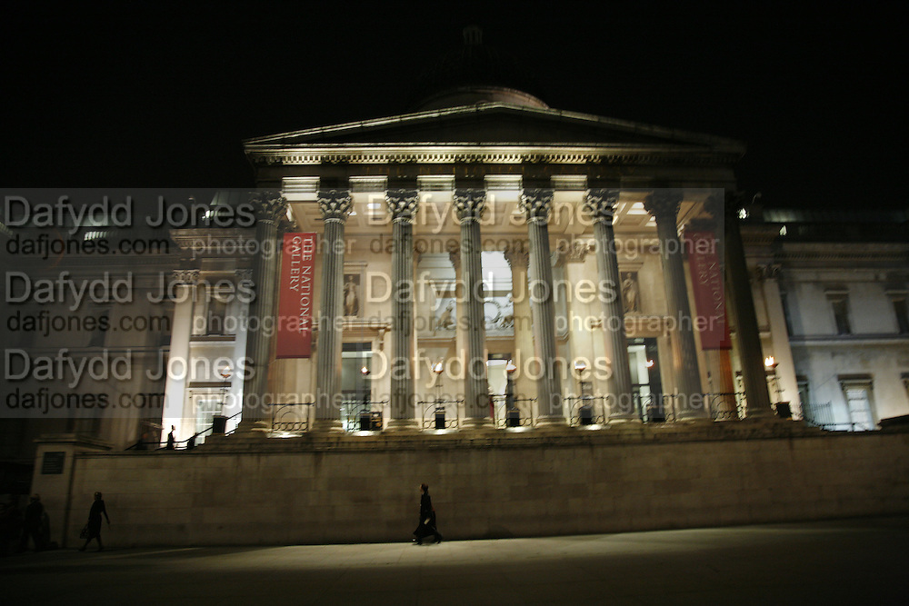 Vel‡squez private view, Sainsbury Wing, National Gallery,16 October 2006. DO NOT ARCHIVE-© Copyright Photograph by Dafydd Jones 66 Stockwell Park Rd. London SW9 0DA Tel 020 7733 0108 www.dafjones.com
