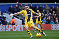 Jamie O'Hara of Fulham taking a shot  at goal.  Skybet football league championship match, Queens Park Rangers v Fulham at Loftus Road Stadium in London on Saturday 13th February 2016.<br /> pic by Steffan Bowen, Andrew Orchard sports photography.