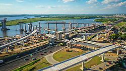 A Nova Ponte do Guaíba terá uma extensão de 12,3 quilômetros com um total de cinco quilômetros de trecho em aterro e 7,3 quilômetros em obras de artes especiais (ponte sobre os canais navegáveis, elevada e viadutos). Com 27 metros de largura nos vãos principais, a pista contará com duas faixas de rolamento com acostamento e refúgio central. O Departamento Nacional de Infraestrutura de Transportes (Dnit) prevê que 50 mil veículos utilizem a nova ponte diariamente. FOTO: Jefferson Bernardes/ Agência Preview