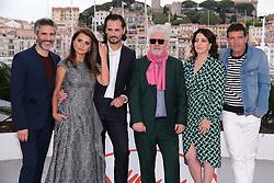 May 18, 2019 - Cannes, Provence-Alpes-Cote d'Azu, France - 72eme Festival International du Film de Cannes. Photocall du film ''Douleur et Gloire''. 72th International Cannes Film Festival. Photocall of ''Dolor y gloria'' movie....239401 2019-05-18 Provence-Alpes-Cote d'Azur Cannes France.. Banderas, Antonio; Cruz, Penelope; Almodovar, Pedro; Sbaraglia, Leonardo; Etxeandia, Asier; Navas, Nora (Credit Image: © Philippe Farjon/Starface via ZUMA Press)