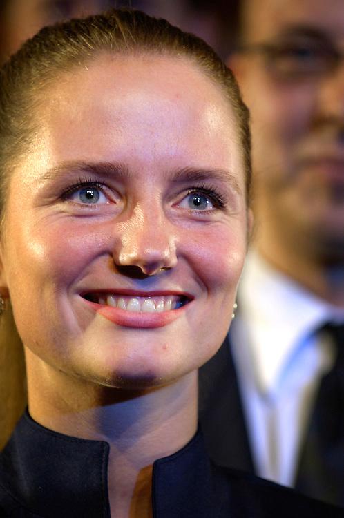 Nederland, Amsterdam, 25 aug 2006..Groep Wilders presenteert zijn lijst. .Tweede op de lijst is: Fleur Agema (29), oud-LFP-partijlid. Zij is sinds 2003 lid van Provinciale Staten van Noord-Holland. Volgens Wilders is Agema ,,een energieke vrouw met lef''..Geert Wilders gaat de verkiezingen voor de tweede kamer in met zijn partij Partij voor de Vrijheid. Vandaag presenteerde hij de kandidaten voor de tweedekamerfraktie van zijn partij, die mikt op 10 zetels. De PVV is een van de nieuwe kleine rechtse partijen die het gedachtengoed van Pim Fortuyn gaat uitdragen..Foto: (c) Michiel Wijnbergh
