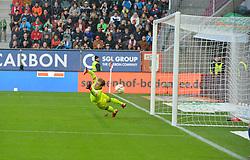 31.10.2015, WWK Arena, Augsburg, GER, 1. FBL, FC Augsburg vs 1. FSV Mainz 05, 11. Runde, im Bild Treffer zum 1:2 per Elfmeter gegen Loris Karius #1 (FSV Mainz 05) // during the German Bundesliga 11th round match between FC Augsburg and 1. FSV Mainz 05 at the WWK Arena in Augsburg, Germany on 2015/10/31. EXPA Pictures © 2015, PhotoCredit: EXPA/ Eibner-Pressefoto/ Hiermayer<br /> <br /> *****ATTENTION - OUT of GER*****