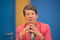 DEU, Deutschland, Germany, Berlin, 27.06.2017: Bundesumweltministerin Dr. Barbara Hendricks (SPD) in der Bundespressekonferenz zum Thema Regierungsarbeit der SPD - Bilanz und Ausblick.