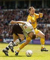 Fotball<br /> England 2004/2005<br /> Foto: SBI/Digitalsport<br /> NORWAY ONLY<br /> <br /> Derby County v Preston North End<br /> Coca Cola Championship. 08/05/2005<br /> <br /> Derby's Morten Bisgaard (L) is brought down by Paul McKenna