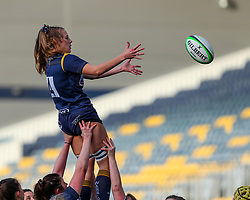 Cara Brincat of Worcester Warriors Women leaps to secure the ball at a line-out  - Mandatory by-line: Nick Browning/JMP - 20/12/2020 - RUGBY - Sixways Stadium - Worcester, England - Worcester Warriors Women v Harlequins Women - Allianz Premier 15s