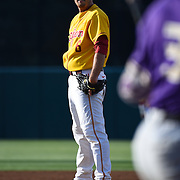USC Baseball v UW