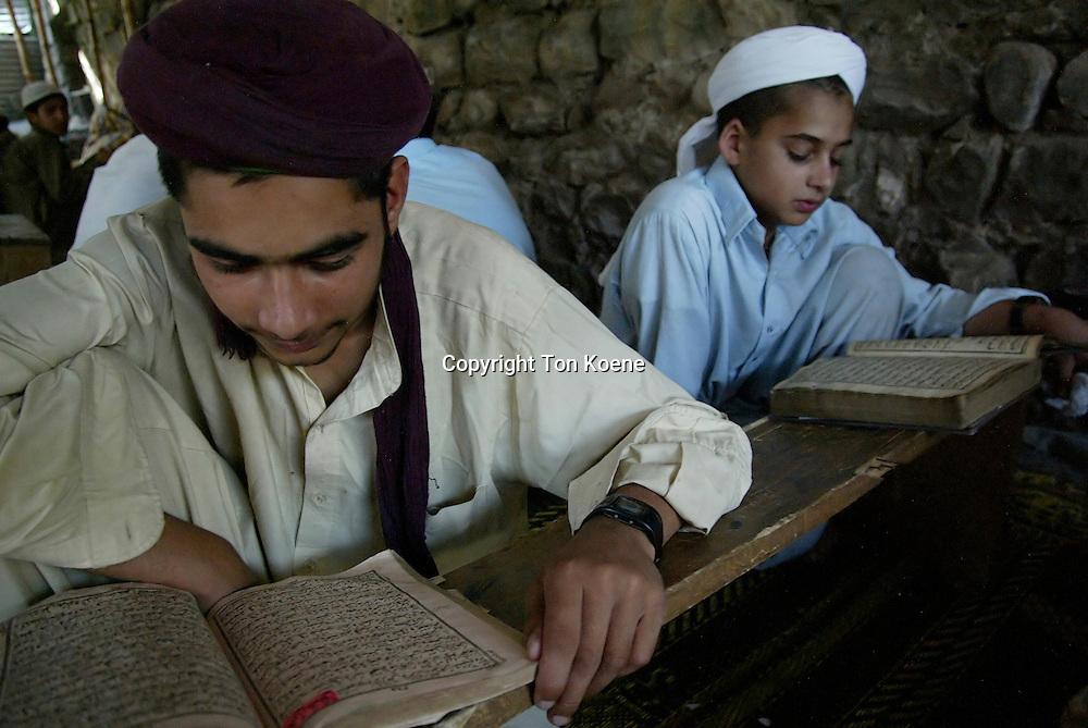 pakistan relgious school