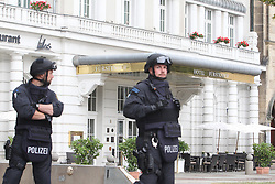 September 6, 2016 - Leipzig, Saxony, Germany - Police officers in helmets and safety vests stand in front of the Hotel Fuerstenhof in Leipzig, Germany, 06 September 2016. The police sealed off the hotel following a terror warning. Photo:SEBASTIANWILLNOW/dpa (Credit Image: © Sebastian Willnow/DPA via ZUMA Press)