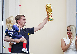 July 20, 2018 - Macon, France - ANTOINE GRIEZMANN ET SA FILLE  MIA ET SA FEMME Erika Choperena DE RETOUR A MACON .APRES SON TITRE DE CHAMPION DU MONDE (Credit Image: © Panoramic via ZUMA Press)