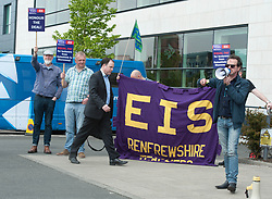 STV Anchorman John MacKay arrives as Further Education Lecturers hold a strike rally in Glasgow outside the BBC and STV studios to protest against the refusal of College Management to honour a deal on pay and conditions that was reached more than a year ago, Angie Isac | EEm Thursday 11 May 2017
