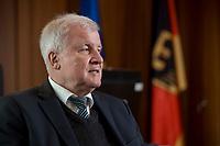 10 DEC 2016, BERLIN/GERMANY:<br /> Horst Seehofer, CSU, Bundesinnenminister, waehrend einem Interview, in seinem Buero, Bundesinnenministerium<br /> IMAGE: 20181210-02-003<br /> KEYWORDS; Büro