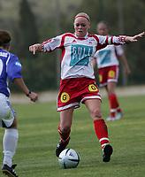 Randi Bjørkestrand, Sandviken. Treningskamp, fotball. Kattem - Sandviken, 6. april 2005. La Manga 2005. (Foto: Peter Tubaas/Digitalsport).