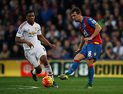 James McArthur of Crystal Palace in action  - Mandatory byline: Jack Phillips/JMP - 07966386802 - 31/10/2015 - SPORT - FOOTBALL - London - Selhurst Park Stadium - Crystal Palace v Manchester United - Barclays Premier League