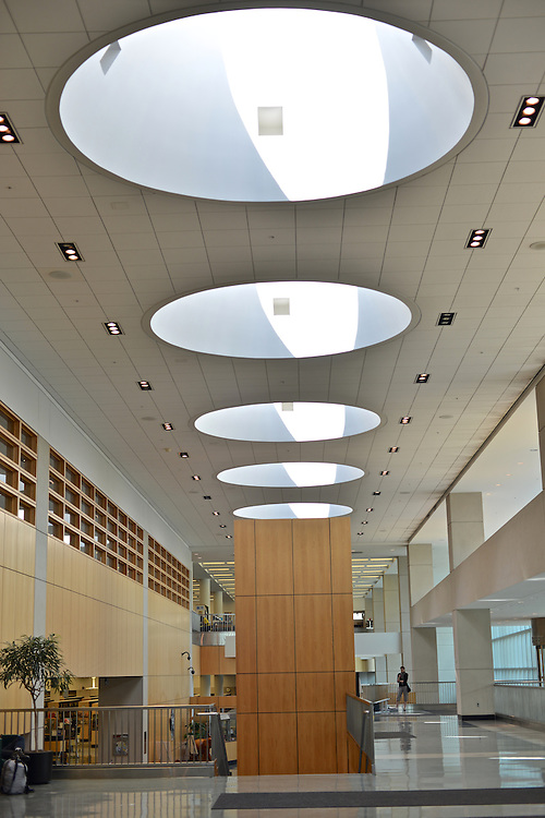 Ceiling of the entrance to the Akron-Summit County Public Library.