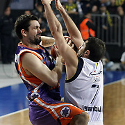 Fenerbahce Ulker's Omer ONAN (R) and Power Electronics Valencia's Rafa MARTINEZ (L) during their Euroleague Basketball Top 16 Game 2 match Fenerbahce Ulker between Power Electronics Valencia at Sinan Erdem Arena in Istanbul, Turkey, Thursday, January 27, 2011. Photo by TURKPIX