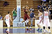 DESCRIZIONE : Milano Lega A 2013-14 Cimberio Varese vs Umana Reyer Venezia <br /> GIOCATORE : Smith Andre<br /> CATEGORIA : Tiro<br /> SQUADRA : Umana Venezia<br /> EVENTO : Campionato Lega A 2013-2014<br /> GARA : Cimberio Varese vs Umana Reyer Venezia<br /> DATA : 27/10/2013<br /> SPORT : Pallacanestro <br /> AUTORE : Agenzia Ciamillo-Castoria/I.Mancini<br /> Galleria : Lega Basket A 2013-2014  <br /> Fotonotizia : Milano Lega A 2013-14 EA7 Cimberio Varese vs Umana Reyer Venezia<br /> Predefinita :