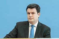"""31 MAR 2020, BERLIN/GERMANY:<br /> Hubertus Heil, SPD, Bundesarbeitsminister,. waehrend einer Pressekonferenz zum Thema """"Zur Lage am deutschen Arbeitsmarkt"""" waehrend der Corona-Krise, Bundespressekonferenz<br /> IMAGE: 20200331-01-017<br /> KEYWORDS: BPK"""