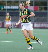 AMSTELVEEN - Lily Owsley (HDM) tijdens de competitie hoofdklasse hockeywedstrijd dames, Amsterdam-HDM (1-1).  COPYRIGHT KOEN SUYK