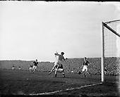 1954 - Soccer: League of Ireland v Scottish League at Dalymount Park