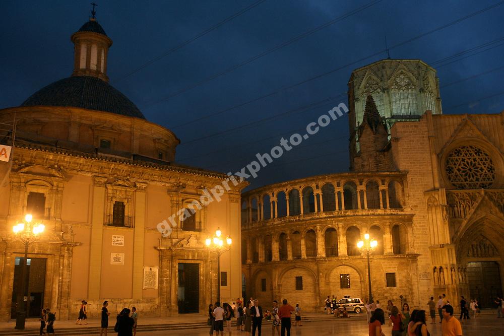 Basilica and cathedral in Valencia before the 2008 European Grand Prix. Photo: Grand Prix Photo