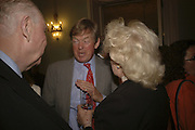 James Roe, David Tredinnick MP and Dame Marian Roe, Loving Olivia: My Life with My Autistic Daughter by Liz Astor. English Speaking Union. London. 9 May 2006. ONE TIME USE ONLY - DO NOT ARCHIVE  © Copyright Photograph by Dafydd Jones 66 Stockwell Park Rd. London SW9 0DA Tel 020 7733 0108 www.dafjones.com