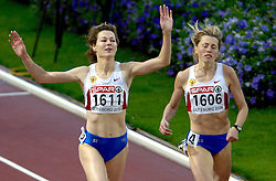 10-08-2006 ATLETIEK: EUROPEES KAMPIOENSSCHAP: GOTHENBORG <br /> Kotlyarova, Olga (RUS) wint de 800 meter en Klyuka, Svetlana (RUS) wordt tweede<br /> ©2006-WWW.FOTOHOOGENDOORN.NL