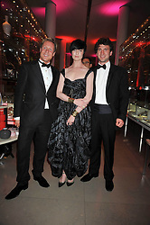 Left to right, GEOFFROY MEDINGER UK Brand Director Van Cleef & Arpels, ERIN O'CONNOR and DAN STEWART at a dinner to celebrate the opening of 'Maharaja - The Spendour of India's Royal Courts' an exhbition at the V&A, London on 6th October 2009.